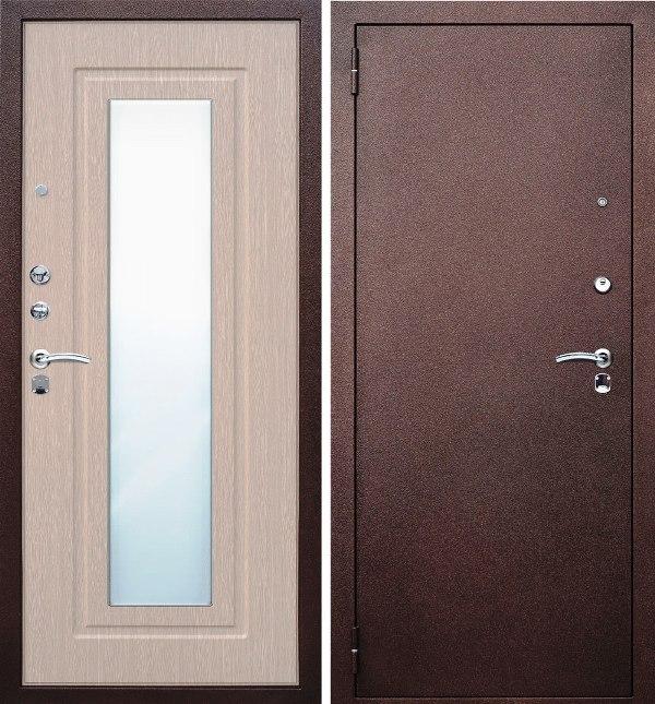 металлической двери с зеркалом
