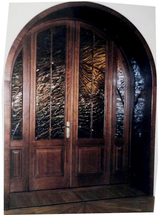 Деревянные арочные двери под заказ в Краснодаре